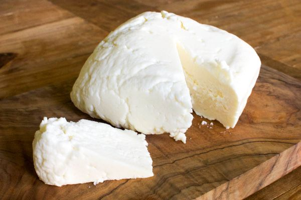 20141101-queso-fresco-final-slice-jennifer-latham.jpg