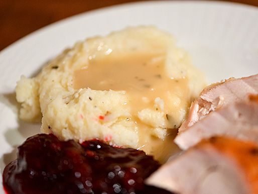 20131107-272834-apple-cider-turkey-gravy.jpg