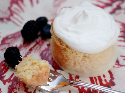 20110316-127677-Serious-Sweets-Tres Leches-PRIMARY-thumb-518xauto-146479.jpg