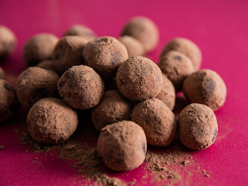 20161208-chocolate-truffles-vicky-wasik (2).jpg