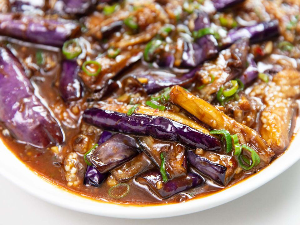 20191022-fuchsia-dunlop-sichuan-cooking-shoot-eggplant-vicky-wasik-4
