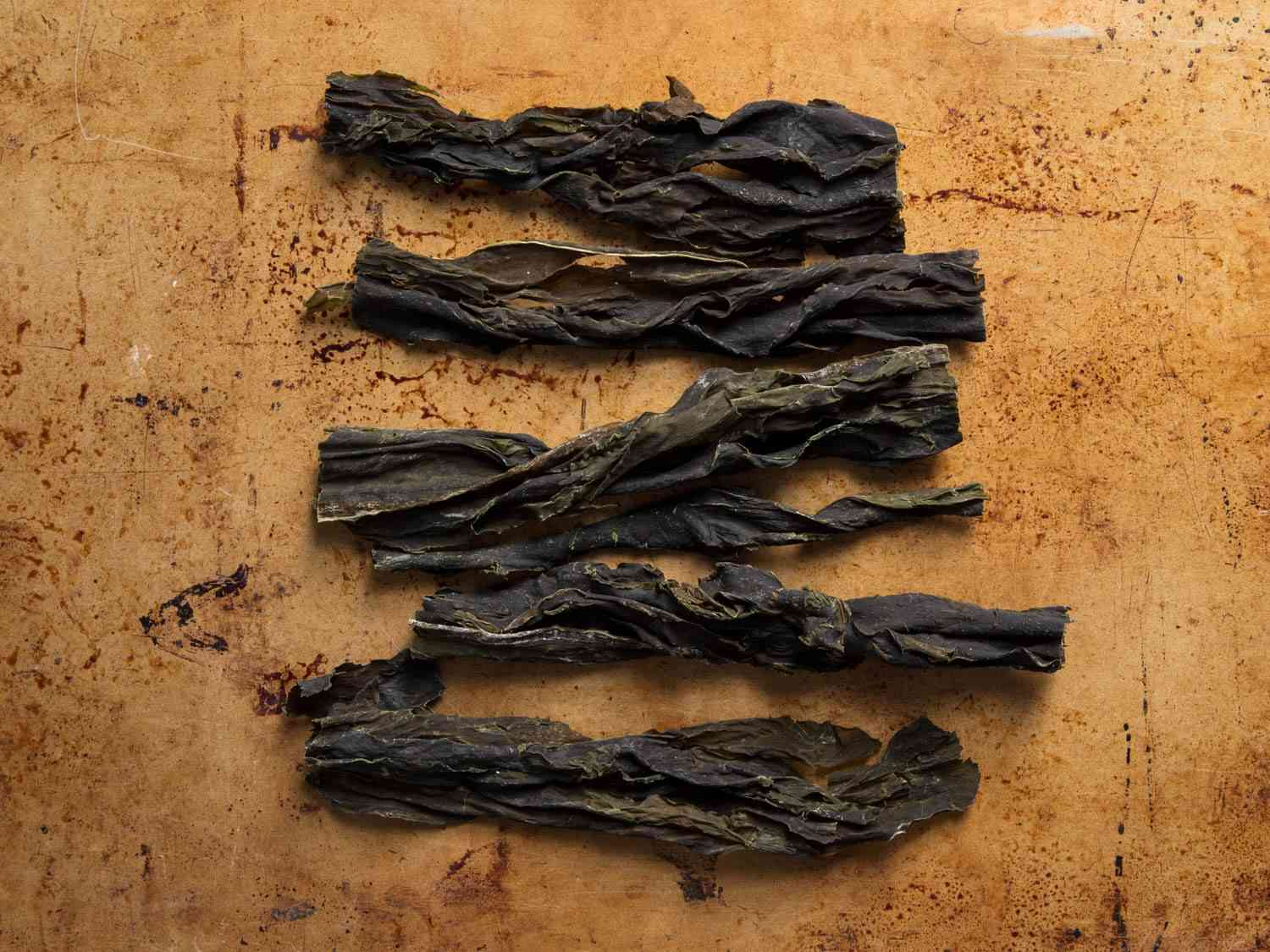 Strips of dried wakame