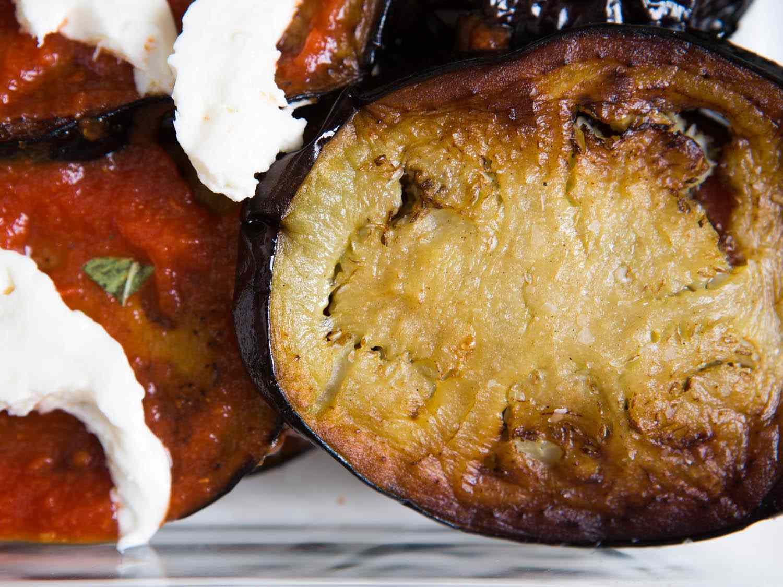 20140820-eggplant-parmesan-vicky-wasik-10.jpg