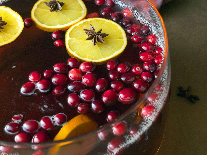 20161206-winter-cocktail-recipes-roundup-08.jpg