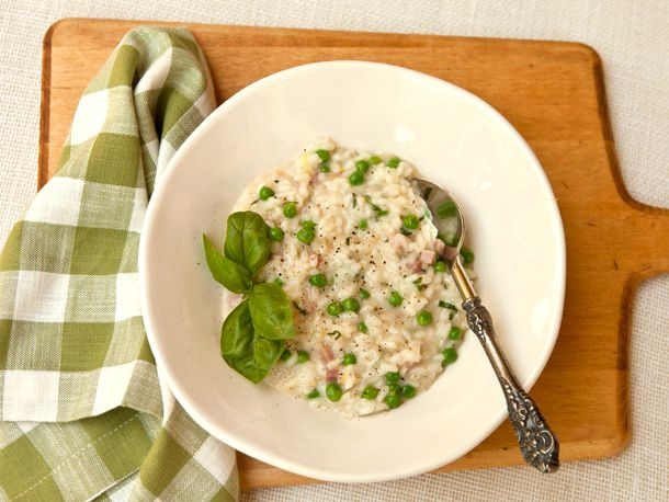2013-04-01-everday_italian_risotto_with_spring_peas_ham1.jpg