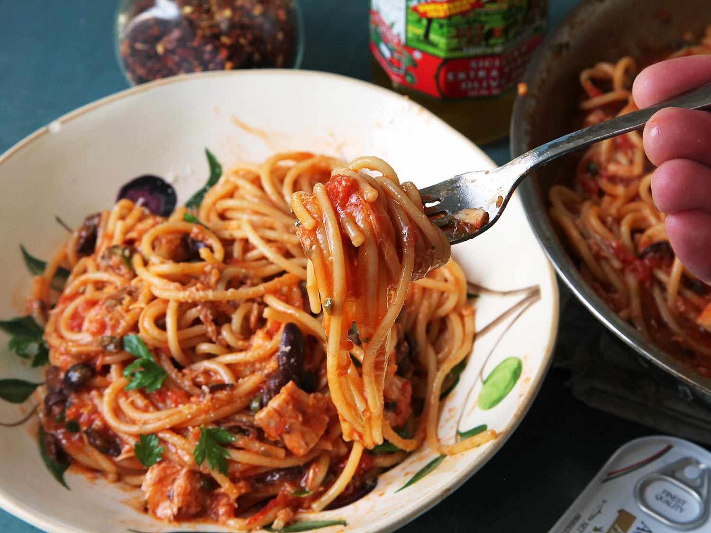 20160221-puttanesca-pasta-week-25.jpg