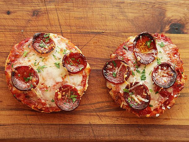 20131020-english-muffin-pizza-14.jpg