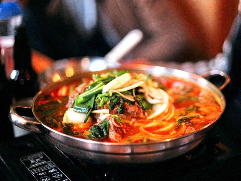 20141020-korean-stews-flickr-2-gamjatang-pam-lau.jpg