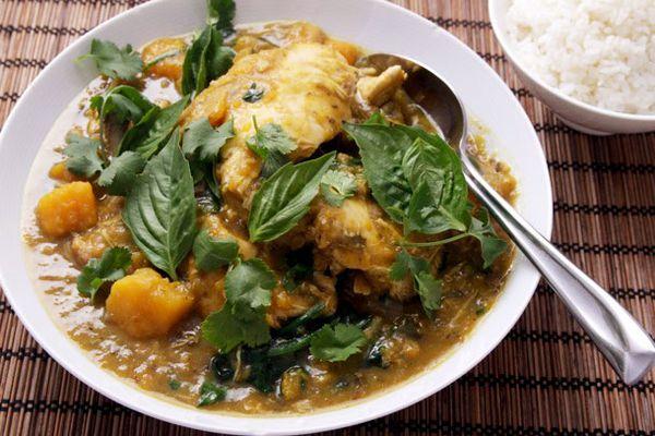 20140402-pressure-cooker-thai-chicken-squash-eggplant-spinach-curry-08-edit.jpg