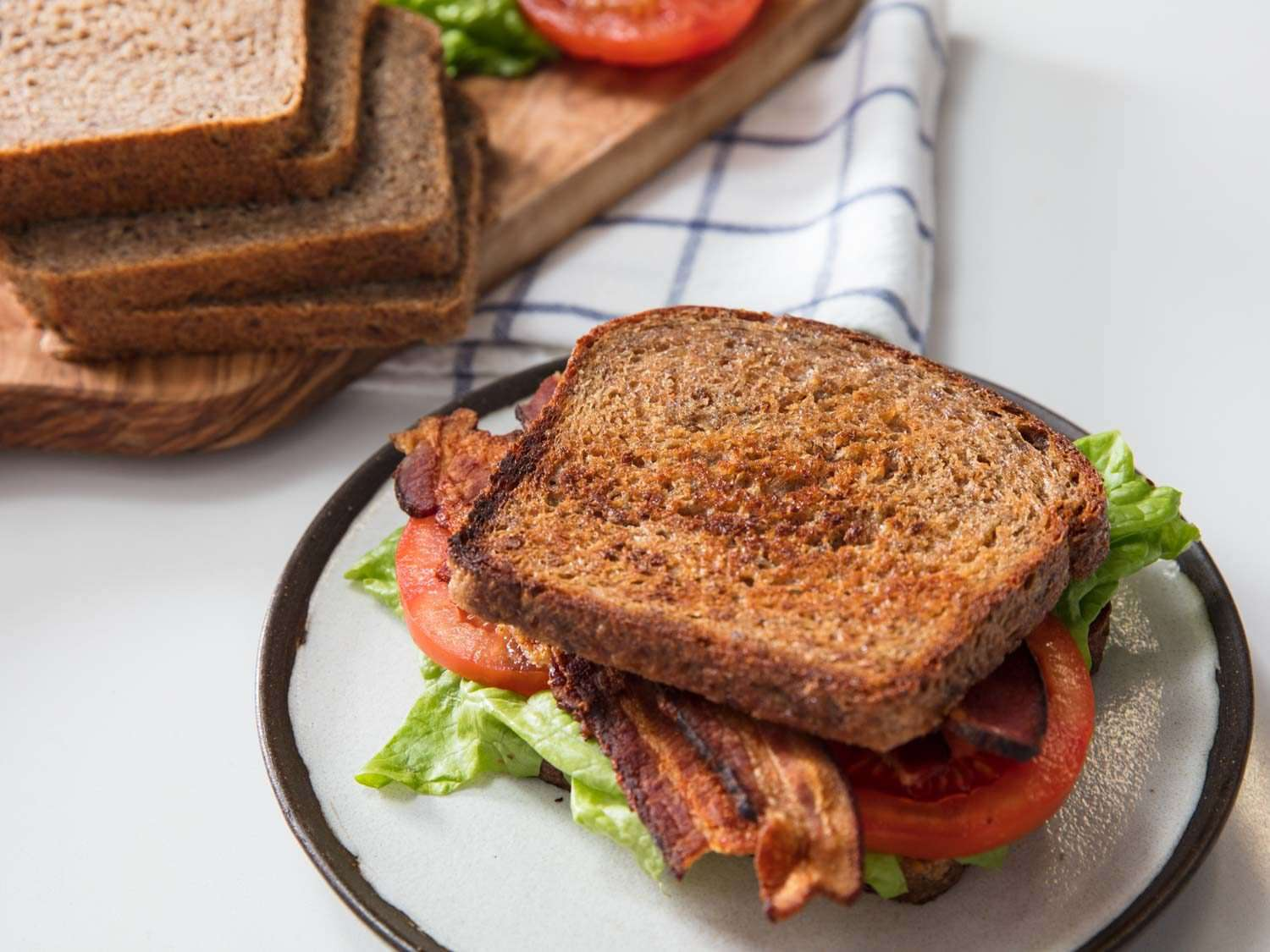 whole grain BLT with bread slices