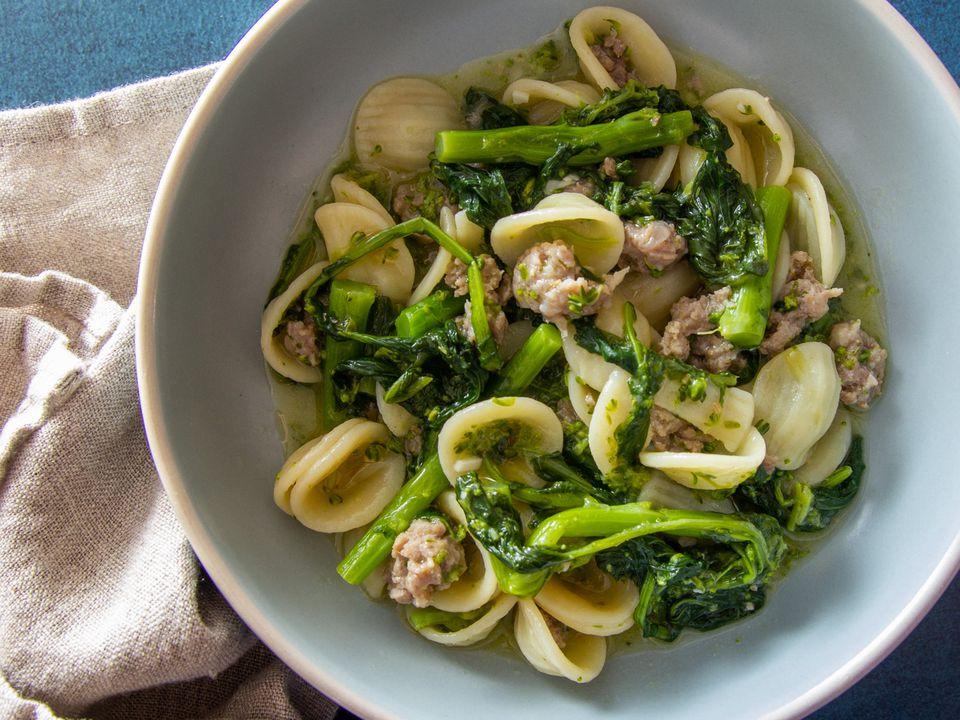 20210301-Orecchiette-Sausag-Broccoli-Rabe-sasha-marx-14
