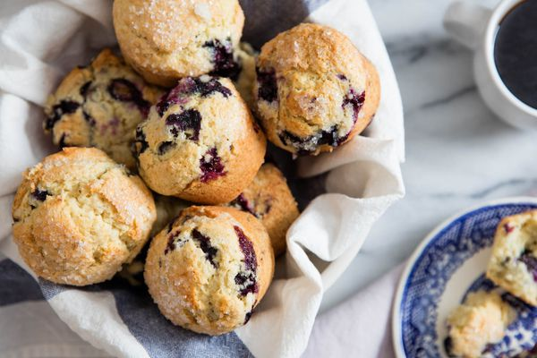 20160608-blueberry-muffins-vicky-wasik-3.jpg