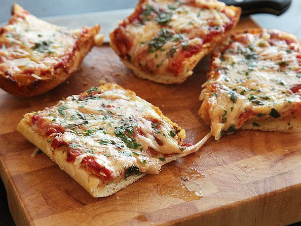 20130305-french-bread-pizza-pizza-lab-32.jpg