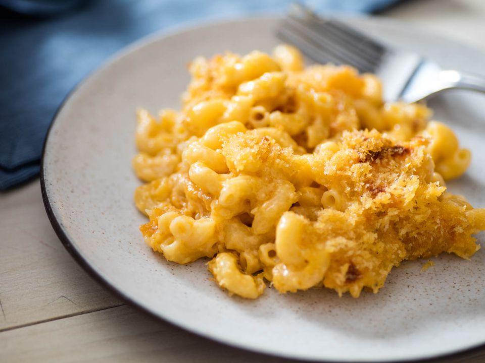 20161028-baked-macaroni-cheese-bechamel-vicky-wasik-26.jpg