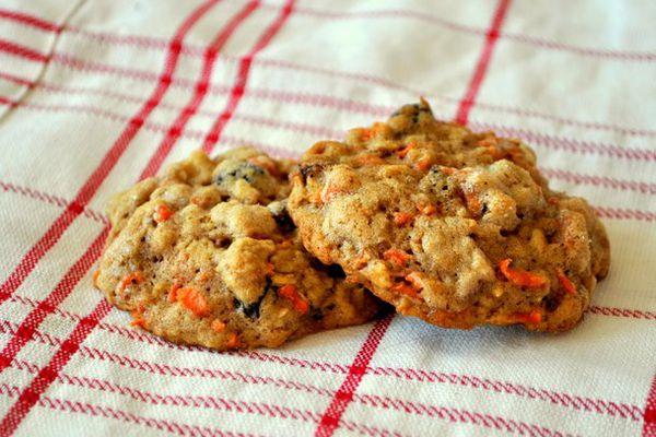 20120614-cookie-monster-carrot-cake-cookies.JPG