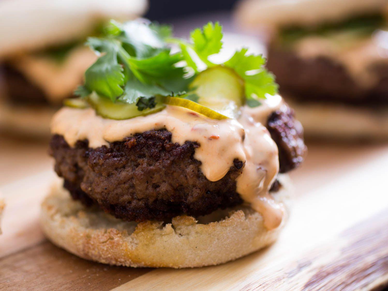 20150523-szechuan-burger-vicky-wasik-10.jpg
