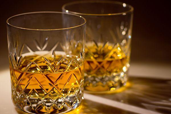 scotch-shutterstock_72390655.jpg