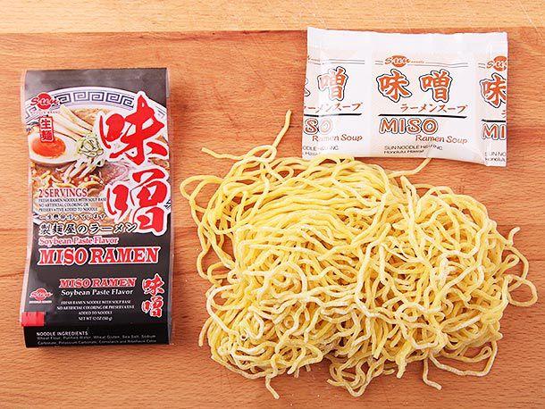 20140422-sun-ramen-brands-taste-test-01.jpg