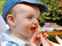 20100511-son-eating-slice-hp.jpg