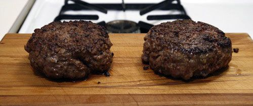 20100226-flipping-burgers-3-two-burgers.jpg