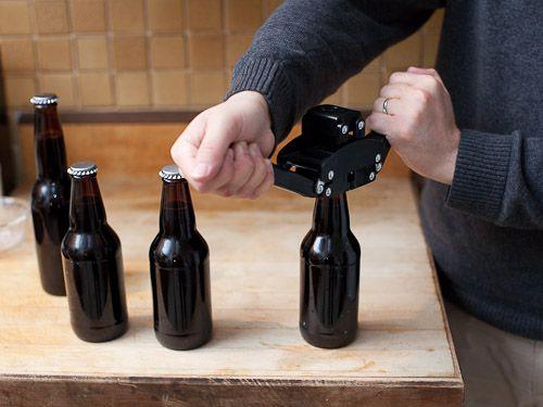 20110204-136155-Homebrew-Bottle-Capper.jpg