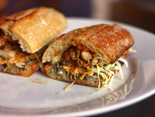 20140509-292458-we-eat-all-the-sandwiches-xoco-chicago-baja-chicken.jpg