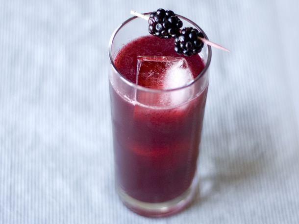 201206-212407-seasonalcocktail-blackberry-gin-tonic.jpg