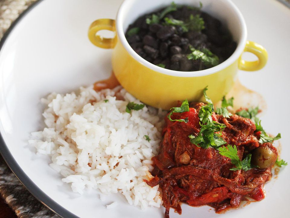 040114-288509-Serious-Eats-Sunday-Supper-Slow-Cooker-Ropa-Vieja-Black-Beans-edit2.jpg