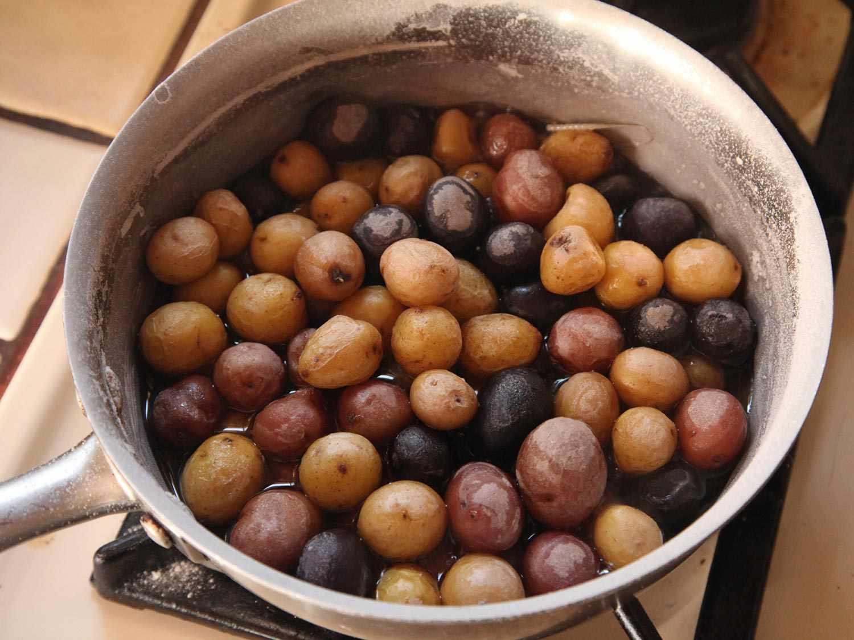 20141116-salt-roasted-potatoes-recipe-14.jpg