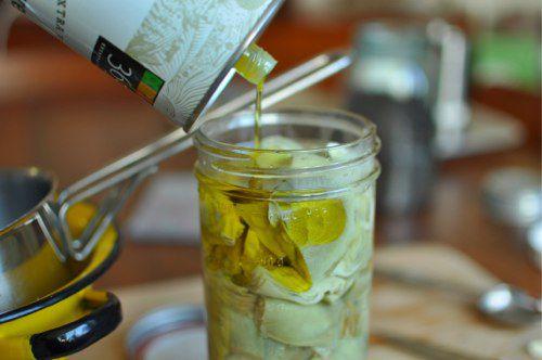 04032012-200164-olive-oil-artichoke.jpg