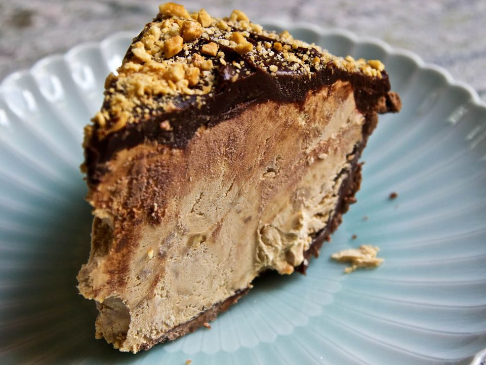 20140909-ideas-in-food-Slice-Of-Finished-Snickers-Pie.jpg
