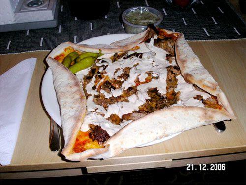 20100612-kebab-pizza.jpg