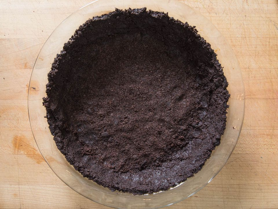 20171220-chocolate-cookie-pie-crust-vicky-wasik-3-2