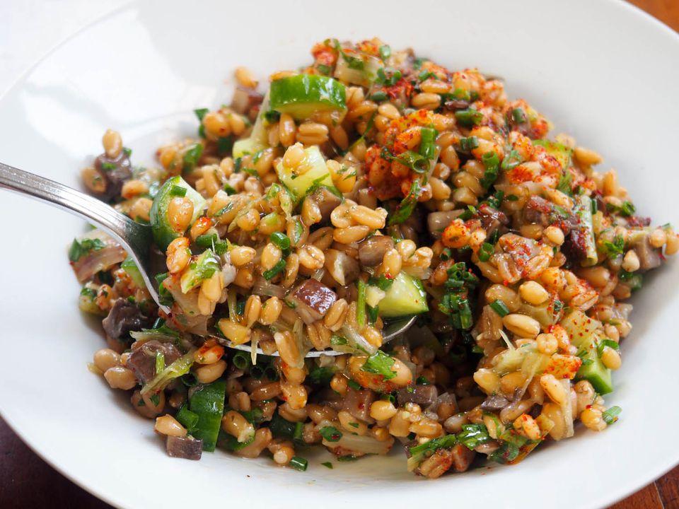 20140625-grain-salad-mushrooms-daniel-gritzer-3.jpg