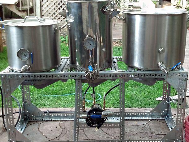 20120809-217995-Homebrew-three-vessel-brewing.jpg