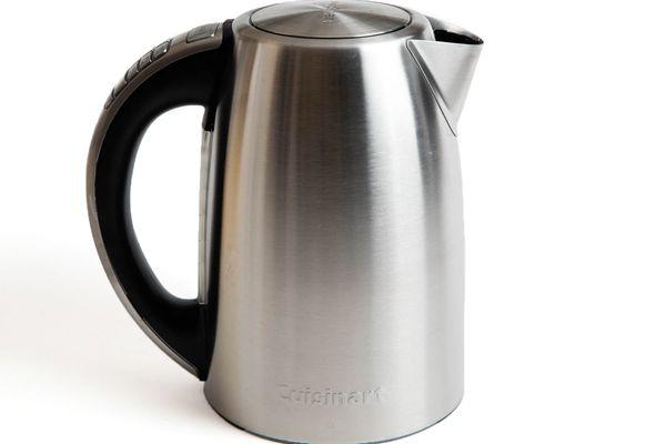 20161110-electric-tea-kettles-cuisinart-vicky-wasik-1.jpg
