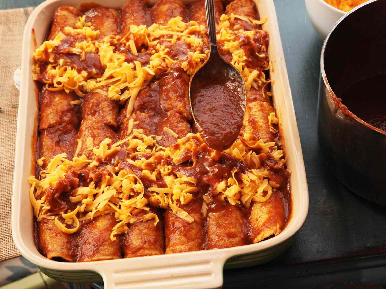 20150416-pressure-cooke-chicken-enchiladas-recipe-26.jpg