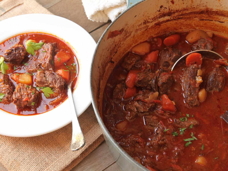 20160205-beef-goulash-hungarian-recipe-food-lab-24.jpg