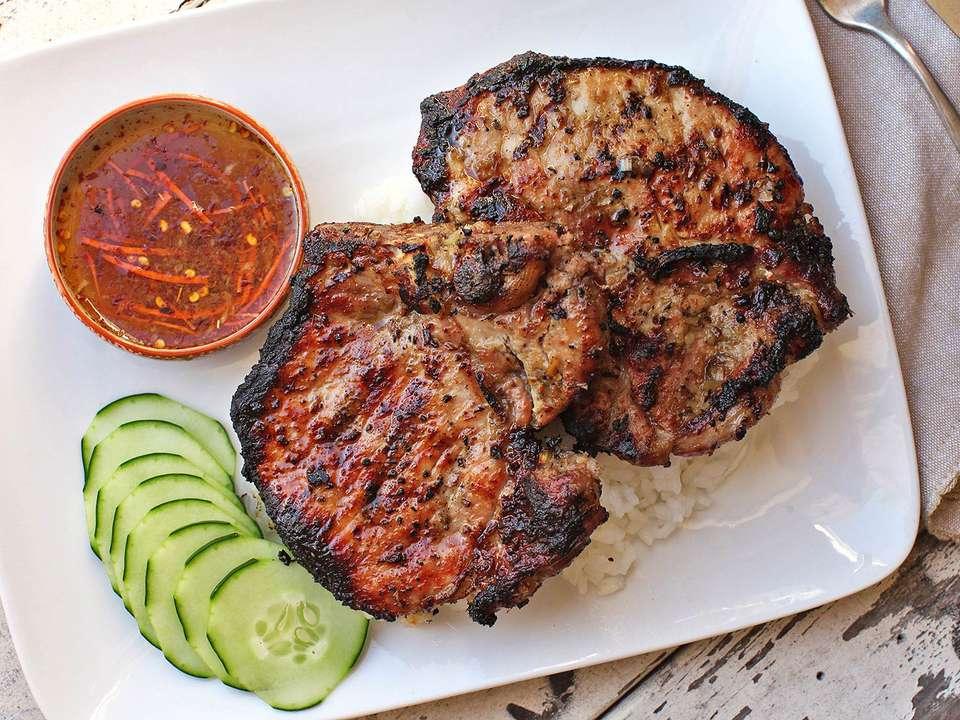 20160801-vietnamese-pork-chop-grill-11.jpg