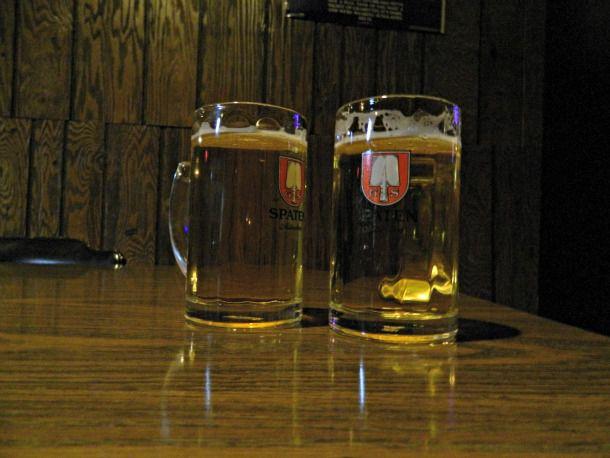 20130726-260688-drinks-dives-stpauli.jpg