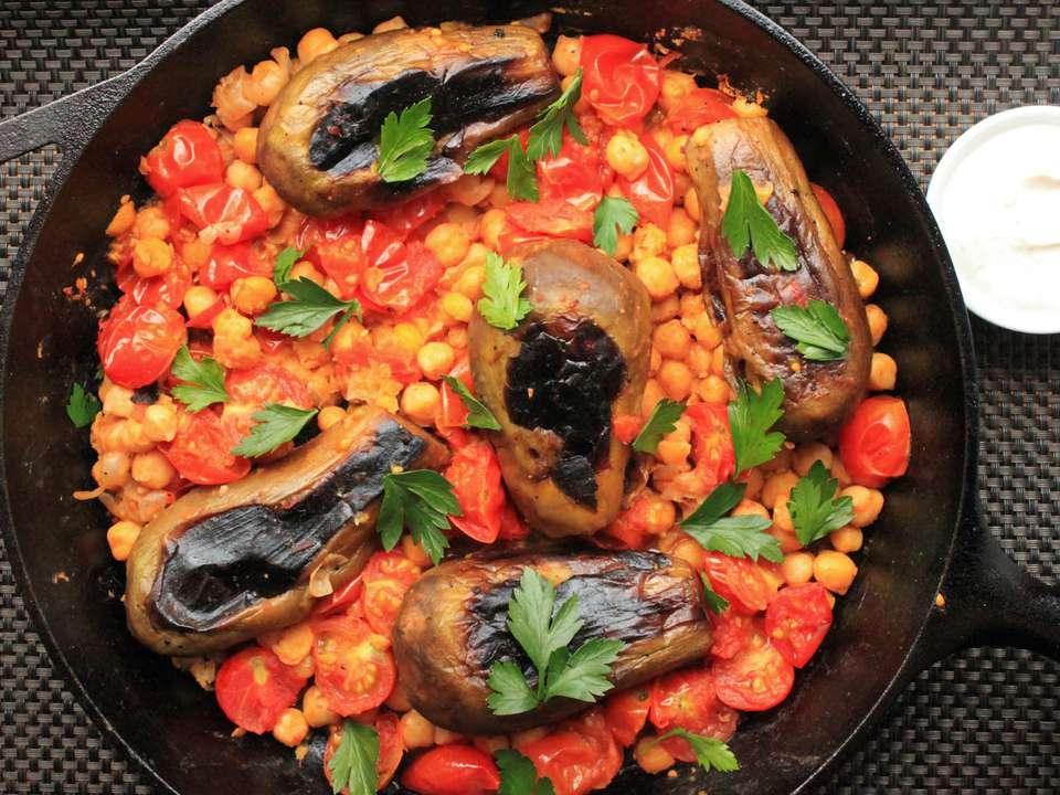 090914_eggplant_chickpeas_yasmin_fahr5.jpg