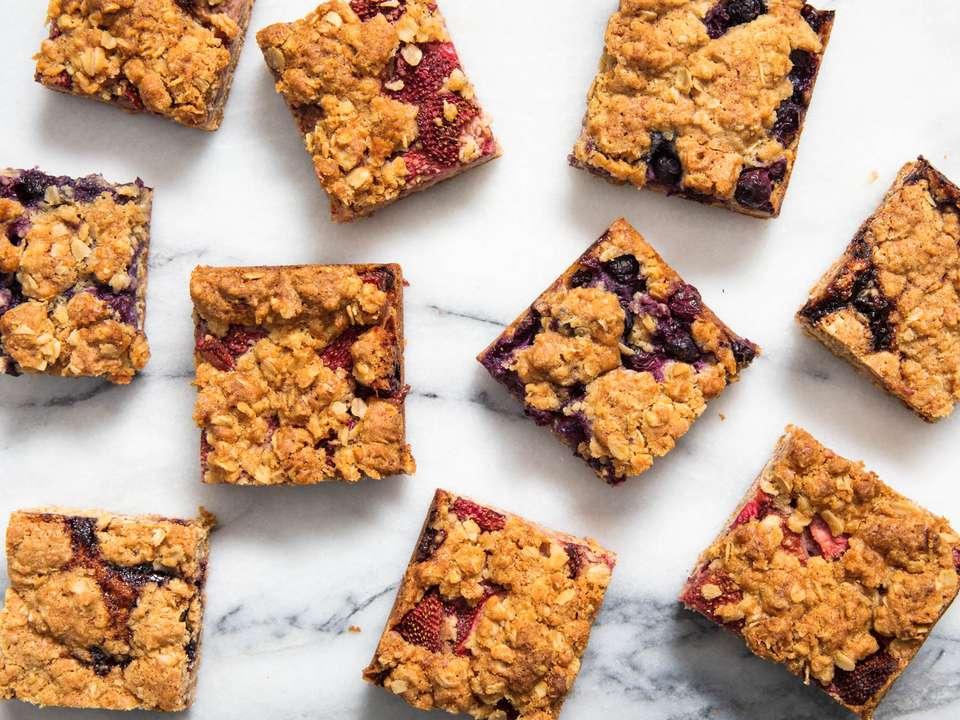 20190429-fruit-oat-bars-vicky-wasik-22