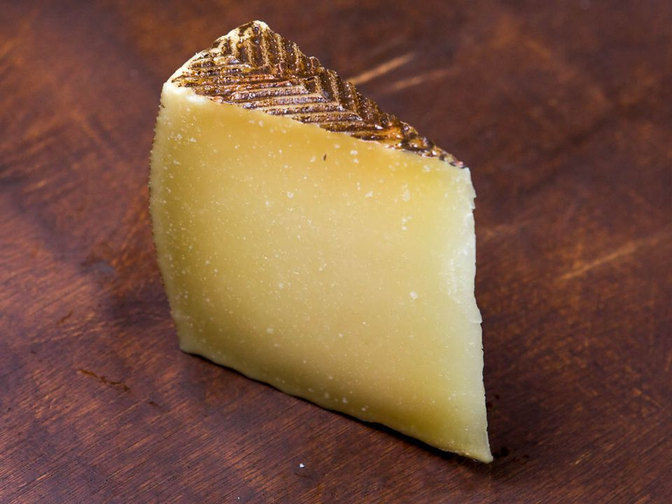 20140916-manchego-cheese-vicky-wasik-1.jpg
