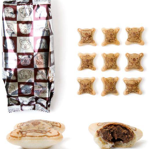 20130109-chocolate-filled-cookies-taste-test-koalas-march-japanese-cookies.jpg