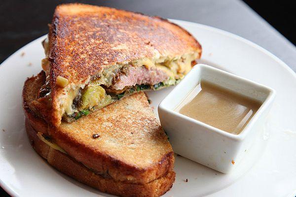 20121122-turkey-grilled-cheese.jpg