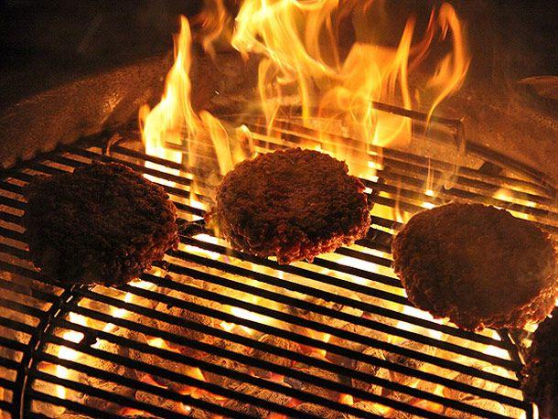 20130513-dry-aged-burger-grill.jpg