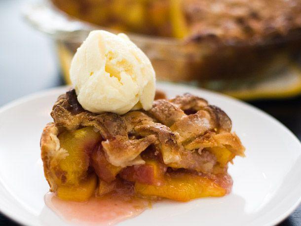 08162011-166266-peach-pie-610x548-1.jpg