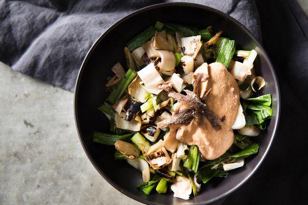 20170621-xato-grilled-greens-onions-salad-sherry-vinegar-vicky-wasik-9.jpg