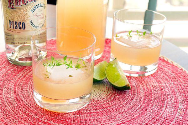 20150224-piscograpefruitcocktail-cocktails1-elana-lepkowski.jpg