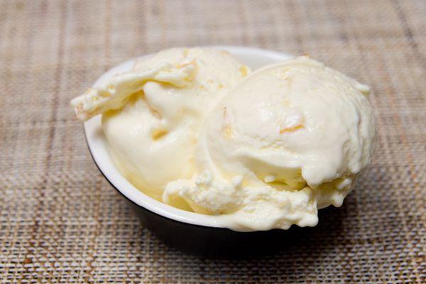 20130726-lemon-ice-cream.jpg